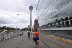 Dusseldorf offered an interesting cityscape for the ride to and from the course.
